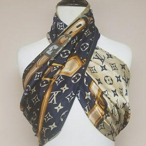 New Louis Vuitton scarf/wrap